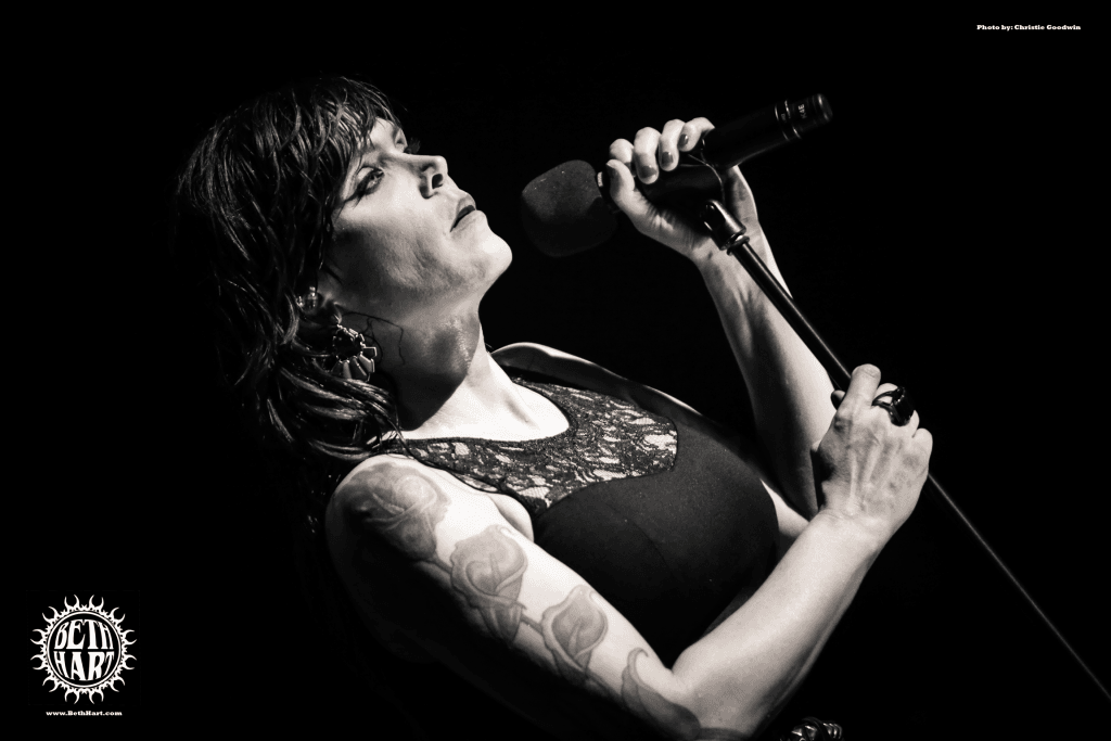 beth hart live front and center amazon